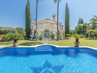 4 bedroom Villa in Fuente Nueva, Andalusia, Spain : ref 5001564