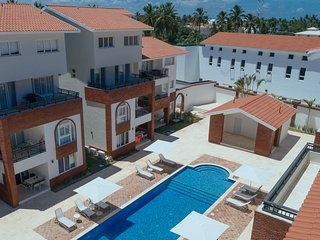 1 BR DELUXE B-3B CORAL VILLAGE,POOL, Close to the Beach!