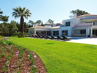 6 bedroom Villa in Quinta do Lago, Faro, Portugal : ref 5621076