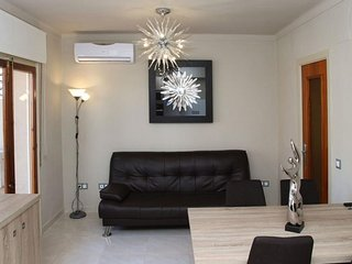 RENOVATED + Modern L'Escala Getaway in a Great Location!