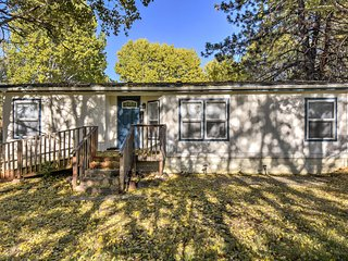 NEW! Updated Chiloquin Home w/ Dock on Agency Lake