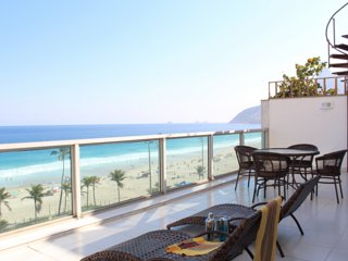 Penthouse right in front of Ipanema beach (N2)