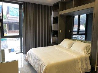 Paris Hotel BR-303