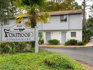 Foxmoor 2/1.5 Condo Near UF, Butler Plaza, Celebration Pointe