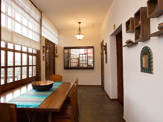 Casa LunaLoma - Colonial Boutique Apartment 'Imbabura' - Quito Centro Colonial