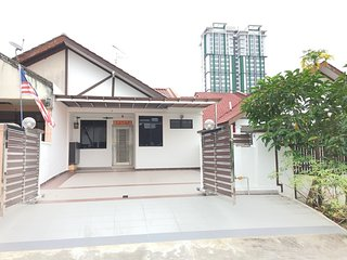 Taman Molek Homestay (For Chinese Only)