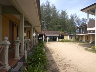 Kandiez Sunrise Beach Resort(2 person)#1