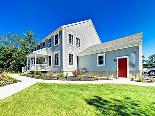 Brand-New 2BR Townhome - Close to Golf, Beach & Old Orchard Beach Pier
