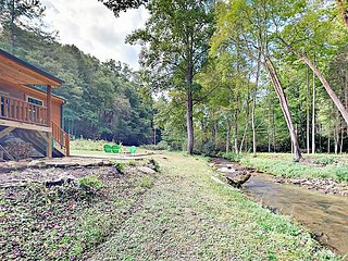 Creekside All-Suite 2BR w/ Private Porch & Fire Pit, Mins to Pisgah Forest!