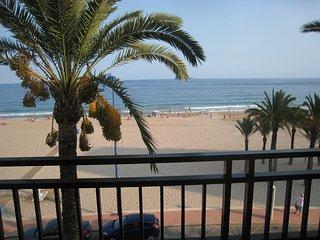 Primera linea playa Poniente Benidorm - dos dormitorios