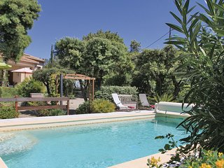 3 bedroom Villa in Bedarrides, Provence-Alpes-Cote d'Azur, France - 5678299
