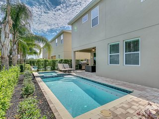 ACO PREMIUM–6Bd with Pool,Spa and Grill (1860)