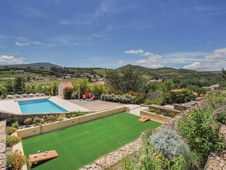 5 bedroom Villa in Cascastel-des-Corbieres, Occitania, France : ref 5678432