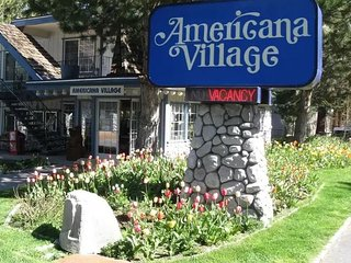 Americana Village Studio Suite Family Fun On A Budget & Pet Friendly ~ Sleeps 4