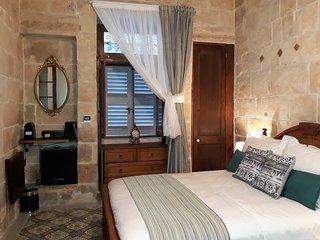 Room de Leon