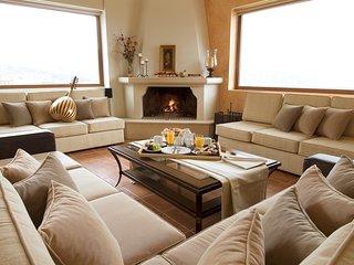 Choudetsi Villa Sleeps 12 with Pool and Air Con - 5680224