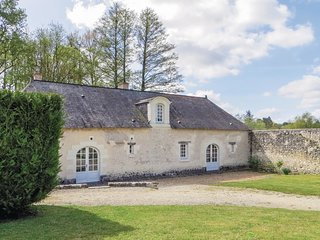 5 bedroom Villa in Le Breil-sur-Mérize, Pays de la Loire, France : ref 5678276