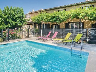 4 bedroom Villa in Pujaut, Occitania, France : ref 5678433