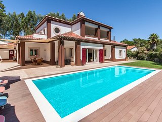 5 bedroom Villa in Janas, Lisbon, Portugal : ref 5679561