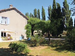 3 bedroom Villa in Verquieres, Provence-Alpes-Cote d'Azur, France : ref 5678321
