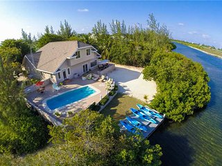 Hidden Cove by Grand Cayman Villas and Condos