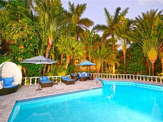 Kaiku by Grand Cayman Villas and Condos