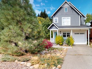 NEW LISTING! Charming bungalow in historic downtown Truckee, walk to town