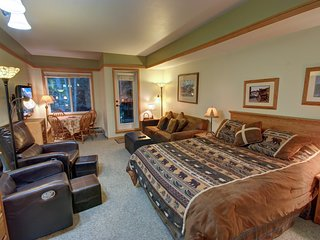 Slopeside 2733 Comfy Studio by SummitCove Lodging
