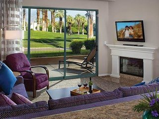 Coachella Week sleeps 8