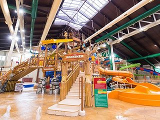 Take A Relaxing Trip To Great Wolf Lodge!