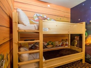 Family fun KidCabin suite!