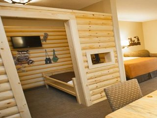 Cabin Themed bunk beds!