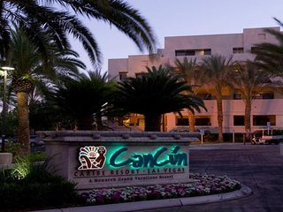 Experience the thrill of  Vegas with Cancun Resort