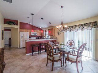 Relaxing 3 Bed Villa * The Villages,Charlotte-#845