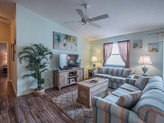 Relaxing 2 Bed Villa * The Villages,Charlotte-#850
