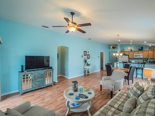 Relaxing 3 Bed Villa * The Villages,Charlotte-#828