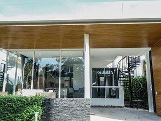 Samui Grand Park Villa B7 - European Style