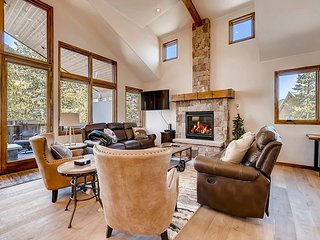 Immaculate 5BR Home w/ Private Mountain-View Hot Tub – Near Copper  Mountain