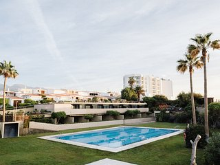 02 Seafront, golf, swimming pool