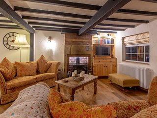 Robin Hoods Rest. Dog Friendly Boutique Holiday Cottage