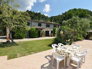 3 bedroom Villa in Massa e Cozzile, Tuscany, Italy : ref 5678240