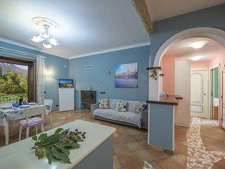 2 bedroom Apartment in San Lazzaro, Campania, Italy : ref 5549702