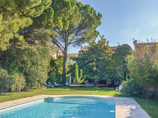 1 bedroom Villa in Saint-Remy-de-Provence, France - 5678344