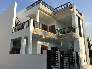 Rajpura House - private 1st floor with balconies