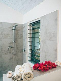 your guest pavillion shower area