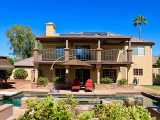 New Listing-Palm Desert Retreat, One Mile From the Tennis Gardens