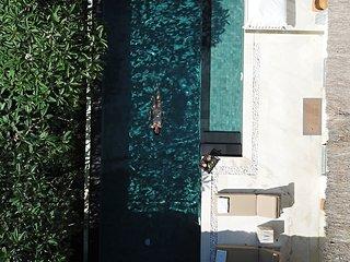SUNGAI GOLD: five star luxury fully-staffed 3 bedroom private villa Bali