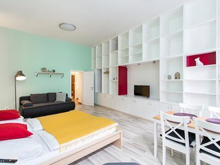 Folded Pixels | Large and colourful studio apartment in New Town