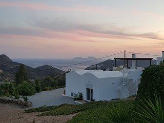 Freistehendes, ruhiges und ebenerdiges Ferienhaus mit 100 m2 auf 2.100 m2 Grunds