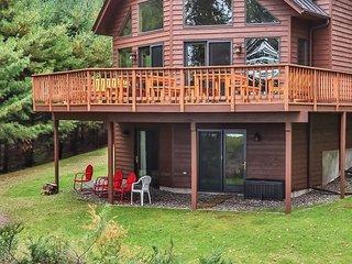 Sandy Cove - Hiller Vacation Homes - 4 Bedroom, 3 Bathroom, Free WIFI